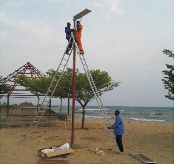 Light Pole Installation Near Me: All In One Solar Street Light