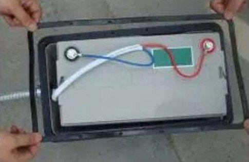 battery How to install solar street light
